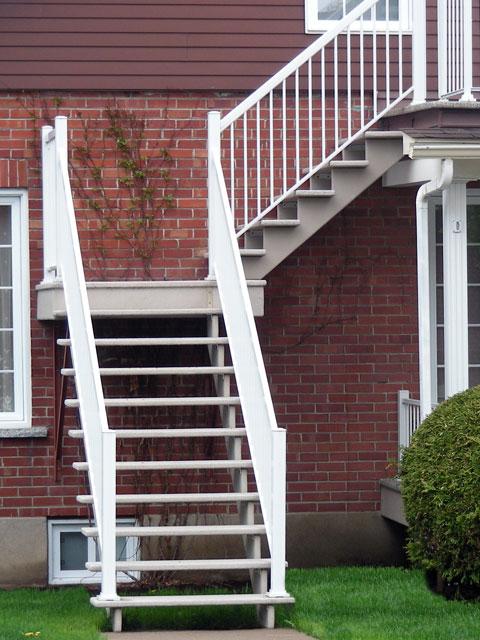 Parfait pour les escaliers de logements et blocs appartements.