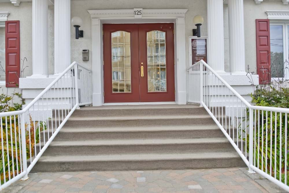 Entrance (Rimouski)